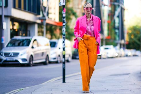 leonie-hanne-wears-pink-sunglasses-earrings-a-pink-blazer-news-photo-1568606059