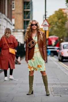 london-fashion-week-street-style-spring-2020-day-2-44